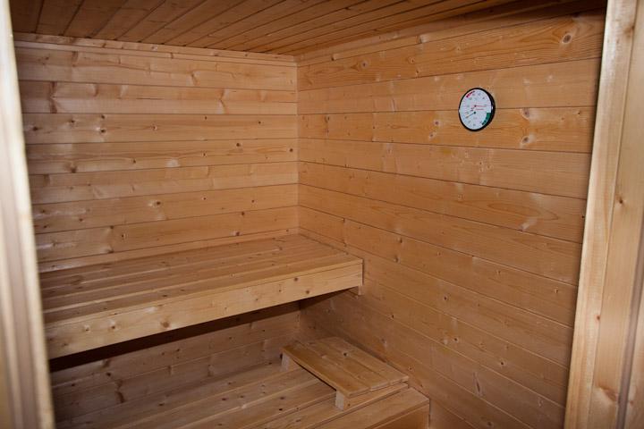 ferienwohnung mit sauna garten feuerplatz. Black Bedroom Furniture Sets. Home Design Ideas